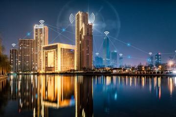 智慧城市与基础设施:安全、可持续发展策略